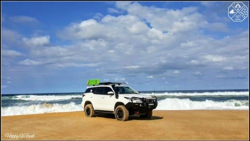 HOW TO 4WD ON THE BEACH IN 10 EASY STEPS | HAPPY GO TRAVEL